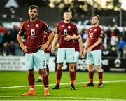 10 August 2018; Cobh Ramblers players including Kevin Taylor, left, await the delivery of a corner during the Irish Daily Mail FAI Cup First Round match between Dundalk and Cobh Ramblers at Oriel Park, in Dundalk. Photo by Ben McShane/Sportsfile