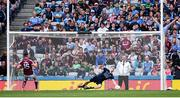 11 August 2018; Dublin goalkeeper Stephen Cluxton saves a penalty from Eamonn Brannigan of Galway during the GAA Football All-Ireland Senior Championship semi-final match between Dublin and Galway at Croke Park in Dublin. Photo by Stephen McCarthy/Sportsfile