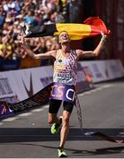 12 August 2018; Koen Naert of Belgium celebrates winning the Men's Marathon event during Day 6 of the 2018 European Athletics Championships in Berlin, Germany. Photo by Sam Barnes/Sportsfile