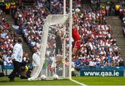 12 August 2018; Colm Cavanagh of Tyrone catches the ball near the crossbar, from a Conor McManus of Monaghan free kick, in the first half watched by his goalkeeper Niall Morgan during the GAA Football All-Ireland Senior Championship semi-final match between Monaghan and Tyrone at Croke Park in Dublin. Photo by Piaras Ó Mídheach/Sportsfile