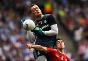 12 August 2018; Monaghan goalkeeper Rory Beggan and Connor McAliskey of Tyrone collide during the GAA Football All-Ireland Senior Championship semi-final match between Monaghan and Tyrone at Croke Park in Dublin. Photo by Piaras Ó Mídheach/Sportsfile