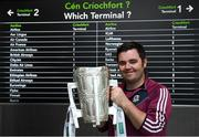 17 August 2018; Damien Wade, from Loughrea, Co Galway, now living in London, with the Liam MacCarthy Cup at the GAA Fáilte Abhaile event at Dublin Airport in Dublin. Photo by Piaras Ó Mídheach/Sportsfile
