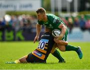 18 August 2018; Matt Healy of Connacht is tackled by Billy Searle of Wasps during the Pre-season Friendly match between Connacht and Wasps at Dubarry Park in Westmeath. Photo by Seb Daly/Sportsfile