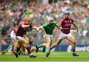 19 August 2018; Cian Lynch of Limerick in action against Johnny Coen, right, and Pádraic Mannion of Galway during the GAA Hurling All-Ireland Senior Championship Final match between Galway and Limerick at Croke Park in Dublin. Photo by Eóin Noonan/Sportsfile