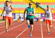 23 August 2018; Jason Smyth of Ireland, centre, on his way to winning the T13 100m Finals event during the 2018 World Para Athletics European Championships at Friedrich-Ludwig-Jahn-Sportpark in Berlin, Germany. Photo by Luc Percival/Sportsfile