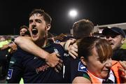 28 August 2018; Lee Grace and his Shamrock Rovers team-mates celebrate after Dylan Watts scored their winning goal during the SSE Airtricity Premier Division match between Dundalk and Shamrock Rovers at Oriel Park in Dundalk, Louth. Photo by Stephen McCarthy/Sportsfile