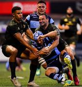 31 August 2018; Matthew Morgan of Cardiff Blues is tackled by Adam Byrne, left, and Dave Kearney of Leinster during the Guinness PRO14 Round 1 match between Cardiff Blues and Leinster at the BT Cardiff Arms Park in Cardiff, Wales. Photo by Ramsey Cardy/Sportsfile