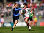 2 September 2018; Ben McGrath, Ballyholland PS, Newry, Co Down, representing Tyrone, in action against Brian Mulvey, Colehill NS, Co Longford, representing Dublin, during the INTO Cumann na mBunscol GAA Respect Exhibition Go Games at the Electric Ireland GAA Football All-Ireland Minor Championship Final match between Kerry and Galway at Croke Park in Dublin. Photo by Eóin Noonan/Sportsfile