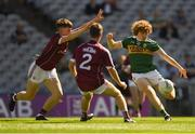 2 September 2018; Paul Walsh of Kerry in action against Seán Black, left, and Ethan Walsh of Galway during the Electric Ireland GAA Football All-Ireland Minor Championship Final match between Kerry and Galway at Croke Park in Dublin. Photo by Piaras Ó Mídheach/Sportsfile