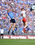 2 September 2018; Brian Fenton of Dublin fields a kickout ahead of Cathal McShane of Tyrone during the GAA Football All-Ireland Senior Championship Final match between Dublin and Tyrone at Croke Park in Dublin. Photo by Brendan Moran/Sportsfile