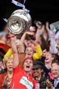 9 September 2018; Cork captain Aoife Murray lifts the O'Duffy Cup following the Liberty Insurance All-Ireland Senior Camogie Championship Final match between Cork and Kilkenny at Croke Park in Dublin. Photo by Piaras Ó Mídheach/Sportsfile