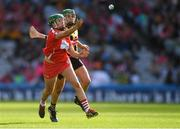 9 September 2018; Hannah Looney of Cork in action against Miriam Walsh of Kilkenny during the Liberty Insurance All-Ireland Senior Camogie Championship Final match between Cork and Kilkenny at Croke Park in Dublin. Photo by Piaras Ó Mídheach/Sportsfile