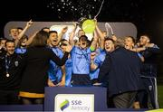 14 September 2018; UCD captain Gary O'Neill lifts the cup alongside his team-mates following the SSE Airtricity League First Division match between UCD and Finn Harps at the UCD Bowl in Dublin. Photo by Harry Murphy/Sportsfile