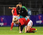 15 September 2018; Niamh Briggs of Munster receives medical attention during the Women's Interprovincial Championship match between Leinster and Munster at Energia Park in Donnybrook, Dublin. Photo by Brendan Moran/Sportsfile