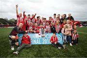 16 September 2018; The Derry City squad celebrate following the EA SPORTS Cup Final match between Derry City and Cobh Ramblers at Brandywell Stadium, Derry. Photo by Stephen McCarthy/Sportsfile