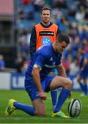 15 September 2018; Rory O'Loughlin of Leinster watches team-mate Jonathan Sexton prepare to kick a coversion during the Guinness PRO14 Round 3 match between Leinster and Dragons at the RDS Arena in Dublin. Photo by Brendan Moran/Sportsfile