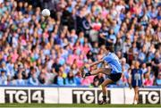 16 September 2018; Sinead Aherne of Dublin kicks a point during the TG4 All-Ireland Ladies Football Senior Championship Final match between Cork and Dublin at Croke Park, Dublin. Photo by Sam Barnes/Sportsfile
