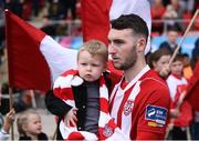 16 September 2018; Jamie McDonagh of Derry City and his two-year-old son Layton prior to the EA SPORTS Cup Final between Derry City and Cobh Ramblers at the Brandywell Stadium in Derry. Photo by Stephen McCarthy/Sportsfile