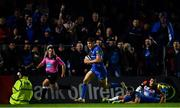 22 September 2018; Garry Ringrose of Leinster on his way to scoring his side's fifth try during the Guinness PRO14 Round 4 match between Leinster and Edinburgh at the RDS Arena in Dublin. Photo by Ramsey Cardy/Sportsfile