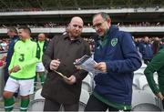 25 September 2018; Republic of Ireland & Celtic Legends manager Martin O'Neill and John Hartson discuss penalty takers during the Liam Miller Memorial match between Manchester United Legends and Republic of Ireland & Celtic Legends at Páirc Uí Chaoimh in Cork. Photo by Stephen McCarthy/Sportsfile