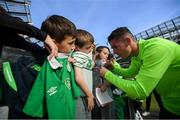 9 October 2018; Darragh Lenihan with supporters following a Republic of Ireland training session at the Aviva Stadium in Dublin. Photo by Stephen McCarthy/Sportsfile