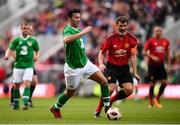 25 September 2018; Stephen Kelly of Republic of Ireland & Celtic Legends and Roy Keane of Manchester United Legends during the Liam Miller Memorial match between Manchester United Legends and Republic of Ireland & Celtic Legends at Páirc Uí Chaoimh in Cork. Photo by Stephen McCarthy/Sportsfile