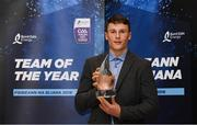 19 October 2018; Billy Hennessy of Cork with his award at the Bord Gáis Energy GAA Hurling U-21 Team of the Year Awards at City Hall in Dublin. Photo by Piaras Ó Mídheach/Sportsfile