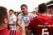 20 October 2018; Gerbrandt Grobler of Gloucester exchanges a handshake with Dave Kilcoyne of Munster after the Heineken Champions Cup Pool 2 Round 2 match between Munster and Gloucester at Thomond Park in Limerick. Photo by Diarmuid Greene/Sportsfile