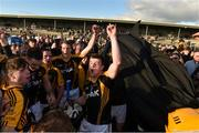 21 October 2018; Ballyea captain Tony Kelly and his team-mates celebrate after the Clare County Senior Club Hurling Championship Final match between Cratloe and Ballyea at Cusack Park, in Ennis, Clare. Photo by Matt Browne/Sportsfile