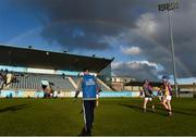 28 October 2018; Kilmacud Crokes manager Anthony Daly watches his side warm-up ahead of the Dublin County Senior Club Hurling Championship Final Replay match between Kilmacud Crokes and Ballyboden St Enda's, at Parnell Park, Dublin. Photo by Daire Brennan/Sportsfile