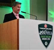 2 November 2018; Rob Hartnett, MC, speaking during the Turkish Airlines 2018 Cricket Ireland Awards at the Royal College of Physicians in Dublin. Photo by Seb Daly/Sportsfile