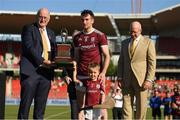11 November 2018; David Hurley, Governor of New South Wales, right, looks on as Uachtarán Chumann Lúthchleas Gael John Horan presents Padraic Mannion of Galway and mascot Jamie Tuohy with the trophy after the Wild Geese Cup match between Galway and Kilkenny at Spotless Stadium in Sydney, Australia. Photo by Ray McManus/Sportsfile