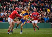 18 November 2018; Shane O'Donnell of Clare in action against Seán O'Donoghue, left, and Colm Spillane of Cork during the Aer Lingus Fenway Hurling Classic 2018 semi-final match between Clare and Cork at Fenway Park in Boston, MA, USA. Photo by Piaras Ó Mídheach/Sportsfile