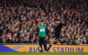 17 November 2018; Beauden Barrett of New Zealand kicks a penalty during the Guinness Series International match between Ireland and New Zealand at Aviva Stadium, Dublin. Photo by Brendan Moran/Sportsfile