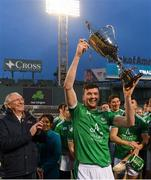 18 November 2018; Limerick captain Declan Hannon lifts the Players Champions Cup after winning the Fenway Hurling Classic 2018 Final match between Cork and Limerick at Fenway Park in Boston, MA, USA. Photo by Piaras Ó Mídheach/Sportsfile
