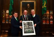 30 November 2018; FAI President Donal Conway and John Delaney, CEO, Football Association of Ireland, make a presentation to Lord Mayor of Dublin Nial Ring at a EURO88 Republic of Ireland squad reception at the Mansion House in Dublin. Photo by Stephen McCarthy/Sportsfile