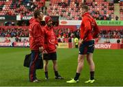 9 December 2018; Munster lead physiotherapist, Damien Mordan, left, talks to Chris Farrell prior to the European Rugby Champions Cup Pool 2 Round 3 match between Munster and Castres at Thomond Park in Limerick. Photo by Diarmuid Greene/Sportsfile