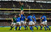 10 February 2018; Conor Murray of Ireland wins a line-out during the Six Nations Rugby Championship match between Ireland and Italy at the Aviva Stadium in Dublin. Photo by Seb Daly/Sportsfile