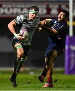 14 December 2018; Robin Copeland of Connacht holds off the tackle of Manu Leiataua of Perpignan on the way to setting up his side's third try during the Heineken Champions Cup Pool 3 Round 4 match between Perpignan and Connacht at the Stade Aime Giral in Perpignan, France. Photo by Brendan Moran/Sportsfile