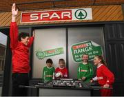 14 January 2019; The SPAR FAI Primary School 5s Programme was officially launched today by former Republic of Ireland International Keith Andrews and current Republic of Ireland Women's International Megan Campbell. Over 35,000 boys and girls from 4th, 5th and 6th class are expected to take part in this fun and inclusive nationwide programme. Register for the SPAR5s by February 15th at www.fai.ie/primary5. Pictured is former Republic of Ireland international Keith Andrews with, from left, Senan Ó Duinn and Jeff Ó Foghlú, from Gaelscoil na Ríthe, Dunshaughlin, Keelan Murphy and Erin Ivie of Our Lady of Good Counsel GNS, Johnstown Killiney. Photo by Stephen McCarthy/Sportsfile