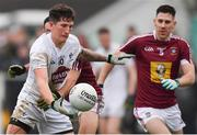 6 January 2019; David Slattery of Kildare in action against Noel O'Reilly, and James Dolan, right, of Westmeath during the Bord na Móna O'Byrne Cup Round 3 match between Westmeath and Kildare at the Downs GAA Club in Westmeath. Photo by Piaras Ó Mídheach/Sportsfile