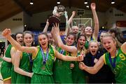 23 January 2019; Coláiste Einde captain Ilena Davoren lifts the cup alongside her team-mates after the Subway All-Ireland Schools Cup U16 A Girls Final match between Coláiste Einde and Pobailscoil Inbhear Sceine Kenmare at the National Basketball Arena in Tallaght, Dublin. Photo by Piaras Ó Mídheach/Sportsfile