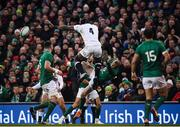 2 February 2019; Maro Itoje of England collides with Keith Earls of Ireland during the Guinness Six Nations Rugby Championship match between Ireland and England in the Aviva Stadium in Dublin. Photo by David Fitzgerald/Sportsfile