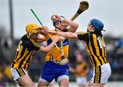 3 February 2019; David Fitzgerald of Clare in action against Richie Leahy, left, and John Donnelly of Kilkenny during the Allianz Hurling League Division 1A Round 2 match between Clare and Kilkenny at Cusack Park in Ennis, Co. Clare. Photo by Brendan Moran/Sportsfile