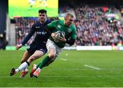 9 February 2019; Keith Earls of Ireland scores his side's third try during the Guinness Six Nations Rugby Championship match between Scotland and Ireland at the BT Murrayfield Stadium in Edinburgh, Scotland. Photo by Brendan Moran/Sportsfile