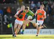 10 February 2019; Thomas O'Reilly of Meath in action against Ryan Kennedy of Armagh during the Allianz Football League Division 2 Round 3 match between Meath and Armagh at Páirc Tailteann in Navan, Meath. Photo by Eóin Noonan/Sportsfile