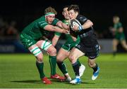 22 February 2019; George Horne of Glasgow Warriors' is tackled by Cillian Gallagher of Connacht during the Guinness PRO14 Round 16 match between Glasgow Warriors and Connacht at Scotstoun Stadium in Glasgow, Scotland. Photo by Ross Parker/Sportsfile