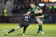 22 February 2019; Matt Healy of Connacht is tackled by Ruaridh Jackson of Glasgow Warriors during the Guinness PRO14 Round 16 match between Glasgow Warriors and Connacht at Scotstoun Stadium in Glasgow, Scotland. Photo by Ross Parker/Sportsfile