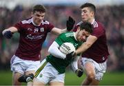 24 February 2019; Tomás Ó Sé of Kerry in action against John Daly, left, and Johnny Heaney of Galway during the Allianz Football League Division 1 Round 4 match between Galway and Kerry at Tuam Stadium in Tuam, Galway.  Photo by Stephen McCarthy/Sportsfile