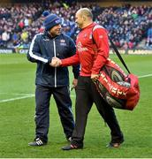12 April 2019; Rory Best of Ulster shakes hands with Edinburgh head coach Richard Cockerill prior to the Guinness PRO14 Round 20 match between Edinburgh and Ulster at BT Murrayfield in Edinburgh, Scotland. Photo by Ross Parker/Sportsfile